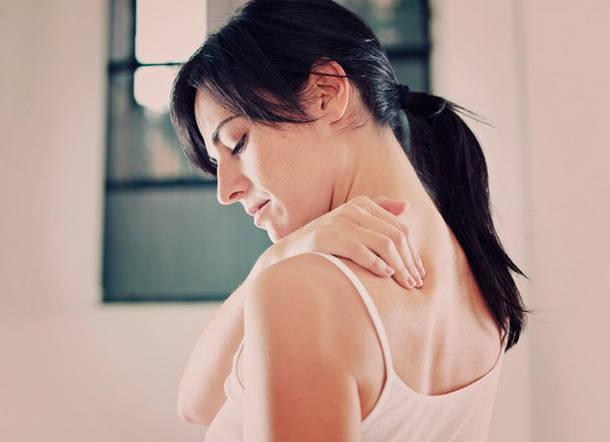 Поглаживание груди