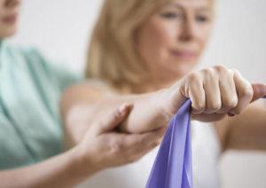 Как после удаления молочной железы проявляется и лечится лимфостаз руки?