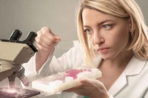 Как и зачем делают пункцию молочной железы?