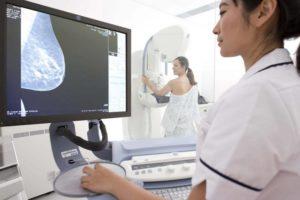 Как и кому делают маммографию молочной железы?